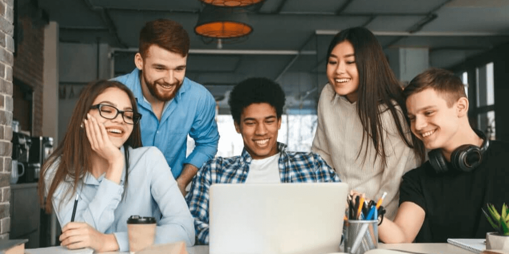 College students in a university deciding on summer internship jobs