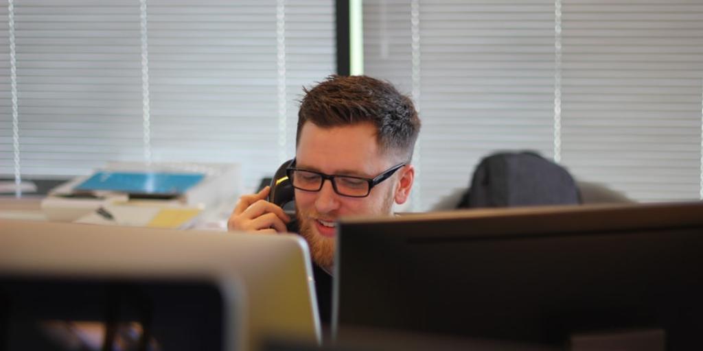 What does a customer representative do?